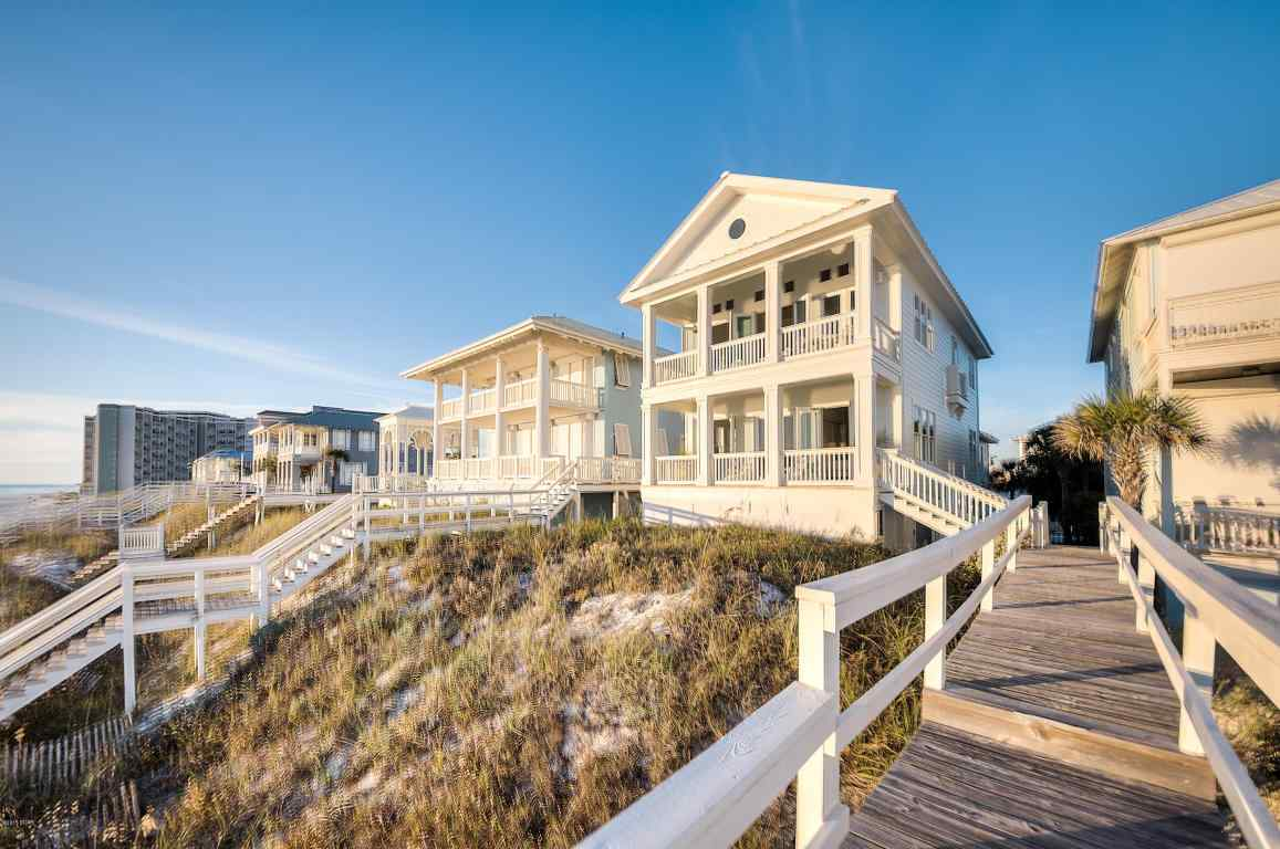 298 Beachside Dr Panama City Beach, FL 32413