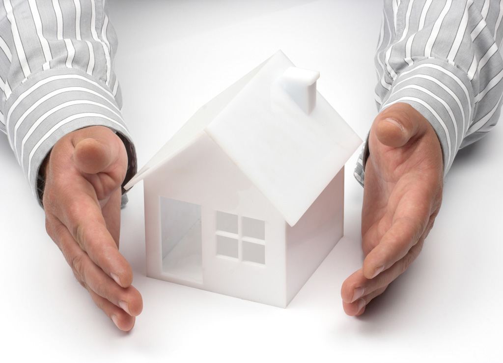 Homeowners Insurance - What You Should Know   Homes For Sale